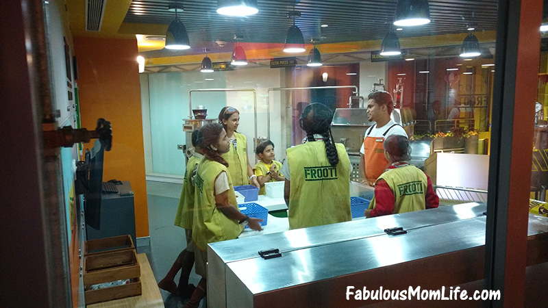 kidzania mumbai frooti activity