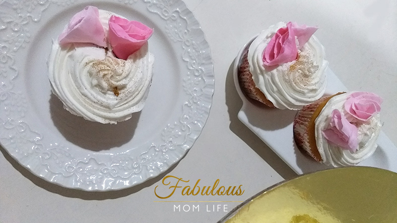 White and Pink Rose Cupcakes - 15 Years of Dot Com Women Website and Online Women's Magazine